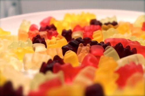 Tenley-Molzahn-with-gummy-bears-in-her-cocktails