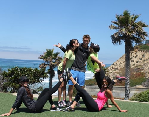 Fletchers-Cove-Workout-Group-with-Elena-Erlandson-Sara-Montazami-and-Briana-Reading
